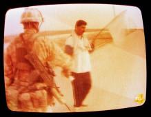 TG4 bandiera bianca - È guerra - 2005